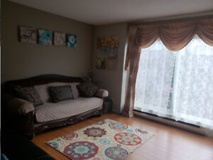 Convenient 3 Bedroom Townhouse for Rent at Coquitlam