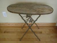 petite table ancienne ovale