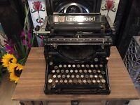 Vintage / antique underwood typewriter