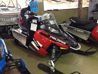 2016 Polaris Indy 600, manual start and 2 year warranty