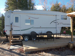Mint Condition 2005 Forest River Flagstaff FOR SALE