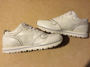 Women's Guess Sport Shoes Size 9 London Ontario image 6