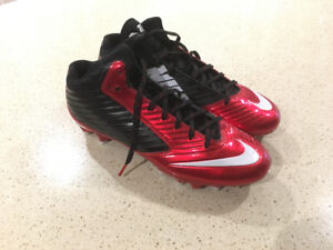 Nike Football Cleats Size 11.5  (Brand New Without Box)