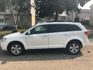 2012 Dodge Journey crew *maintained and priced to sale* 7 seats