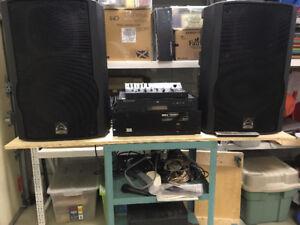 LOT À VENDRE : haut-parleur / ampli / lecteur CD / mixer / micro