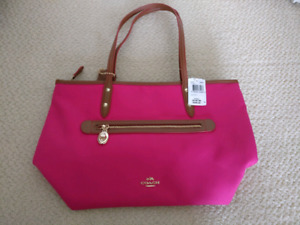 NEW Authentic Coach Bag in Pink
