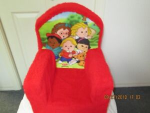 **********REDUCED LITTLE PEOPLE FLEECE CHAIR*******