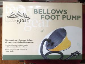 FOOT POMP FOR CAMPING