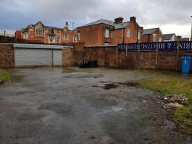 Secure 1000 sq.ft Industrial Unit & 2000 sq.ft. yard in Failsworth - £700 PCM