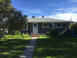 Glenbrook (SW) spacious bungalow for rent, available Nov 1st