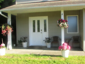 Parksville 2 queen 1000 sq ft  furnished apartment +utilities