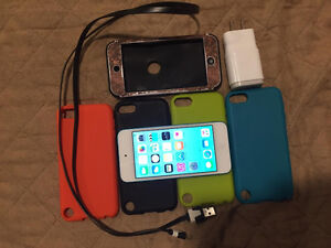 Blue ipod touch 5 16gb