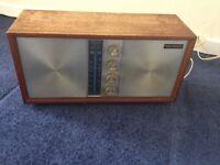 Vintage Wien TT-83 solid state radio