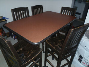 Pub Style table and chairs Cambridge Kitchener Area image 1