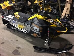 COMPLETE PART OUT 2008 Skidoo Renegade 800r
