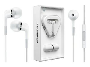 Apple In-Ear Headphones with Remote and Mic SEALED