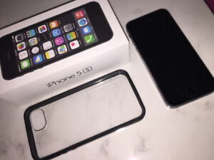 iPhone 5s 16 GB 10/10 Condition with Black case