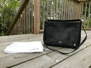 GOOD CONDITION Black Leather Coach Purse