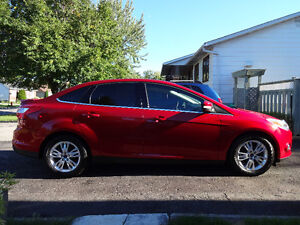 2012 Ford Focus SEL Rouge Candi Cuir+Toit Ouvrant+Sync