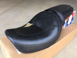 Harley Davidson Dyna Wide Glide Seat