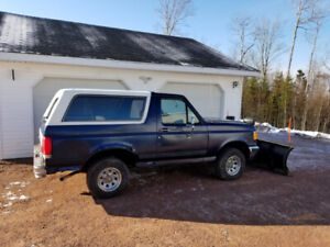 90 FORD BRONCO PLOW TRUCK $2200