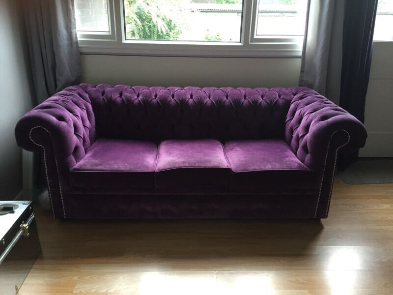 Purple chenille chesterfield sofa buttoned back studded for Purple chenille sofa