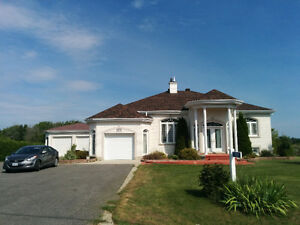 Beautiful house for sale in Clarence Creek