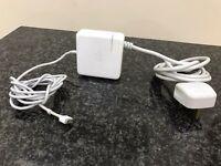 "Apple MacBook Pro 17"" External Power Supply / Charger"