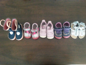 4 Pairs of Girls Size 5 Toddler Shoes