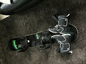Firefly board and boots with flow bindings