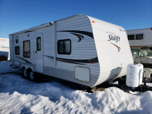 2012 Jayco Swift 264BH - Includes generator,  hitch, TV and more