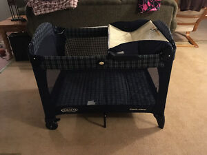 Graco Pack an Go Playpen