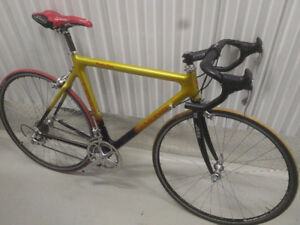 Velo route Lemond en Carbone édition Maillot Jaune