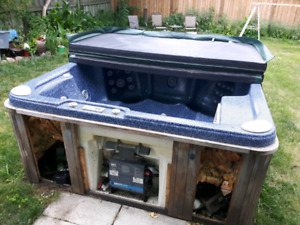FREE HOT TUB (Broken)