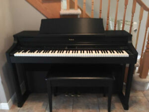 Roland Digital Piano HP 207 For Sale