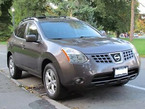 2008 Nissan Rogue SL FWD with Sunroof SUV, Crossover