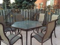Patio Table with 6 Chairs For Sale!
