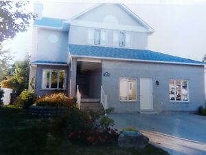 Beau Grand Cottage (Mascouche)