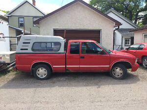 2003 GMC Sonoma SL Pickup Truck - Estate sale