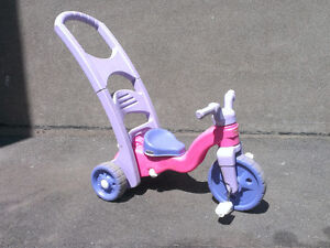 Tricycle Ficher Price (fille)