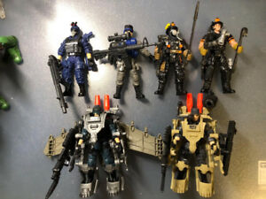 True Heroes soldier and rescue team set