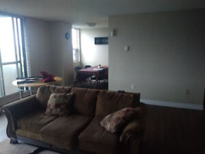 Looking for someone to sublet 1 bdrm in a 2bdrm apartment