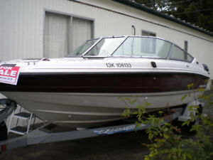1994 CHAPARRAL BOW RIDER SS1830 ON TRAILER