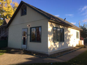Fully furnished 4 bedroom house for rent in Dawson Creek