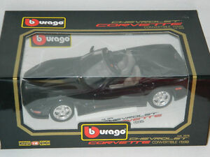 Burago 1/18 Scale 1998 Corvette Convertible Diecast Car Black