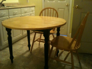 Wooden Drop Leaf Table with 4 chairs