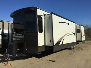 2017 Lakeview 41ETS- 2 left for only $54900.00!