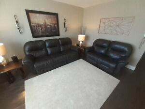 Matching Sofa and Loveseat (Dark Brown Reclining Couches)