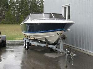 19 foot thundercraft Bowrider with trailer
