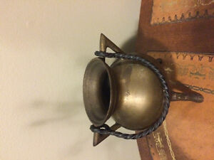 Vintage solid brass with handle footed cauldron